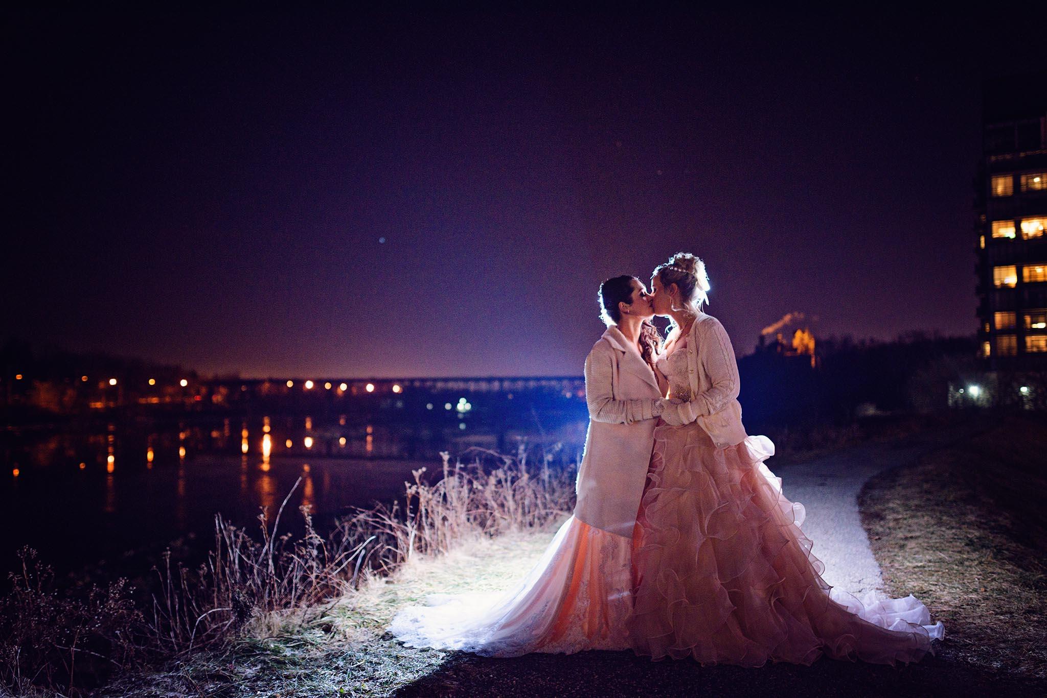 Peter-Bendevis-Photography-Kris-Laura-Cambridge-Mill-Winter-Wedding25