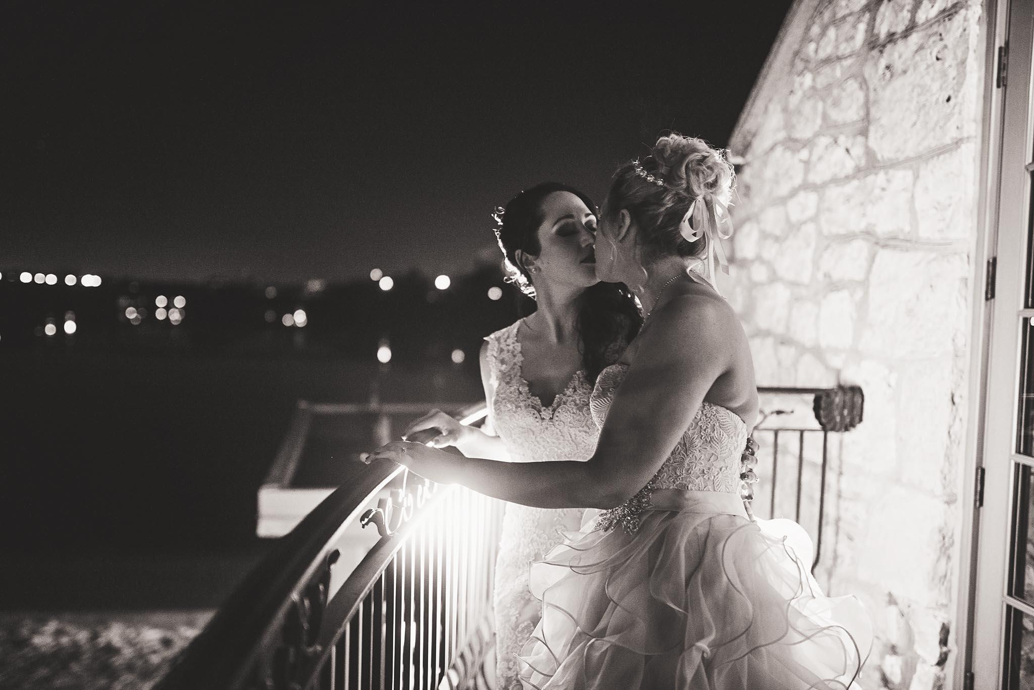 Peter-Bendevis-Photography-Kris-Laura-Cambridge-Mill-Winter-Wedding28