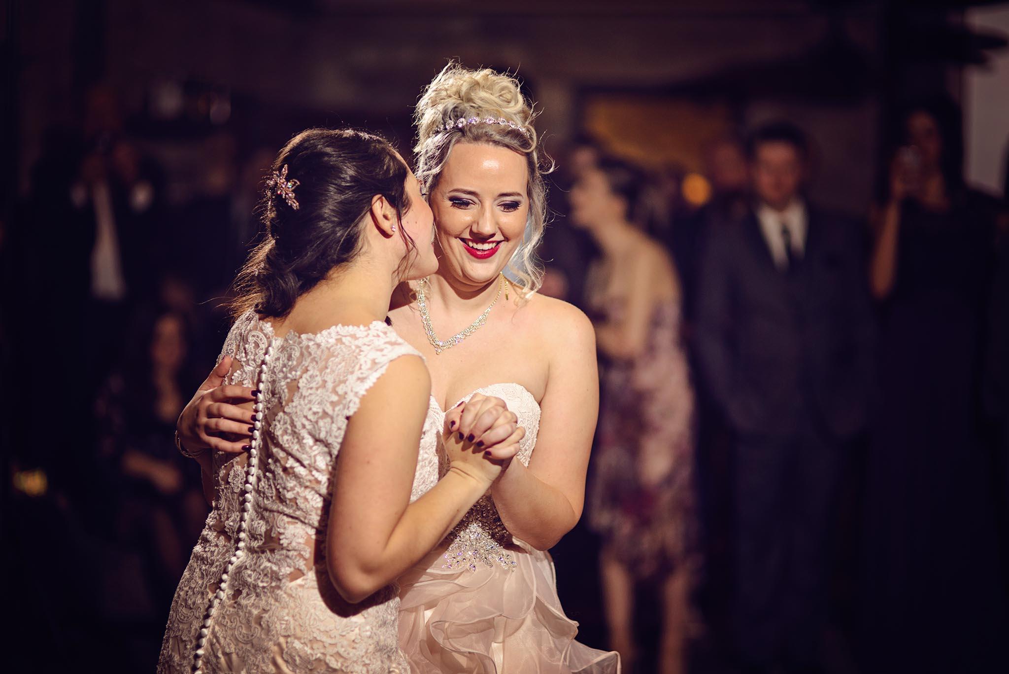 Peter-Bendevis-Photography-Kris-Laura-Cambridge-Mill-Winter-Wedding38